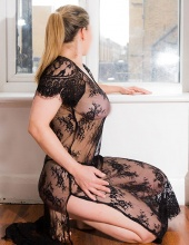 Jenny from Colombia, one of the most sensual massages in London